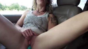 Kuuma orgasmi automatkalla